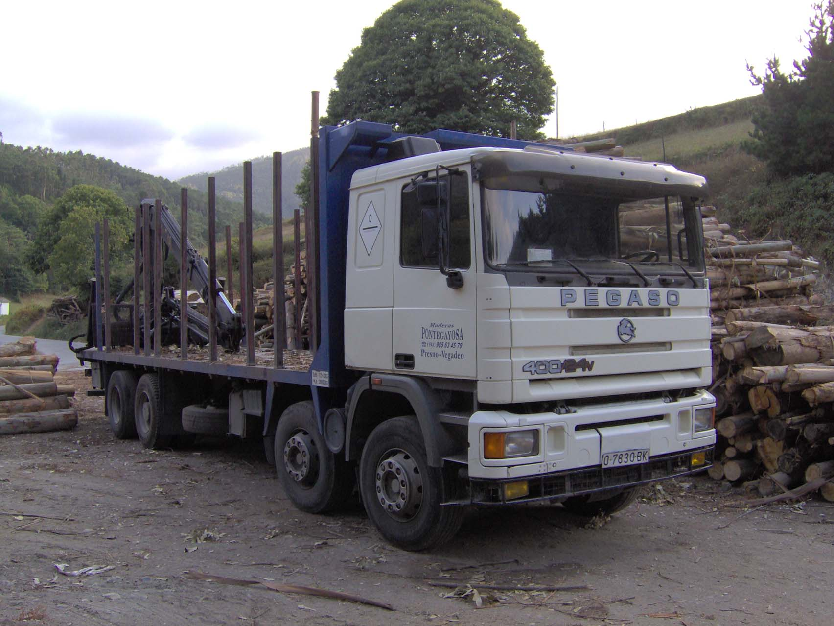Camiones de carga tendrán restricciones en Semana Santa