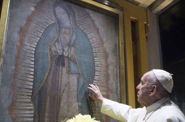 papa-francisco-y-la-virgen-de-guadalupe-en-mexico
