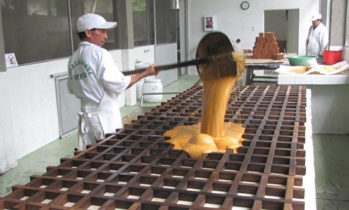 Producción y Comercializacion de la Panela, Piloncillo, Chancaca, Miel de Caña, productos derivados de la caña - Periódico EL FRENTE (Proyecto de Ley 156 de 2018) | CIDECOLOMBIA